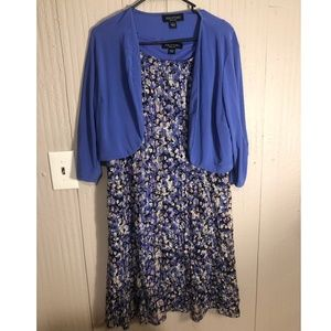 Sleeveless floral dress comes with jacket